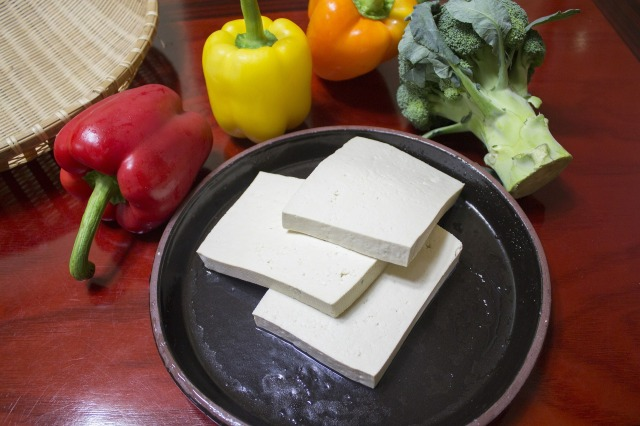 slice-the-tofu-597229_1920